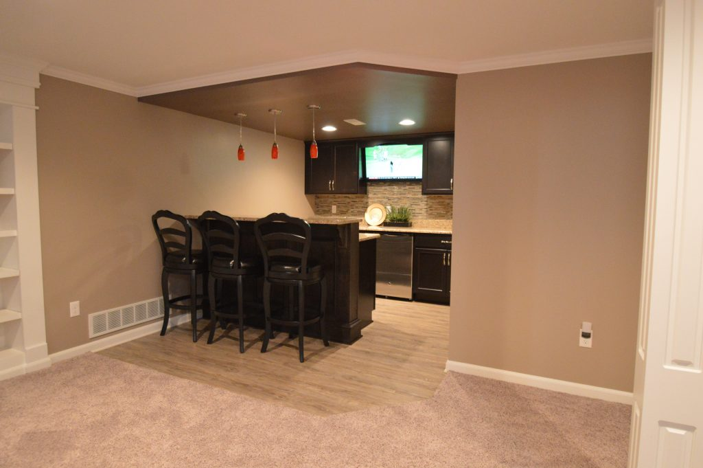 basement bar area into niche space