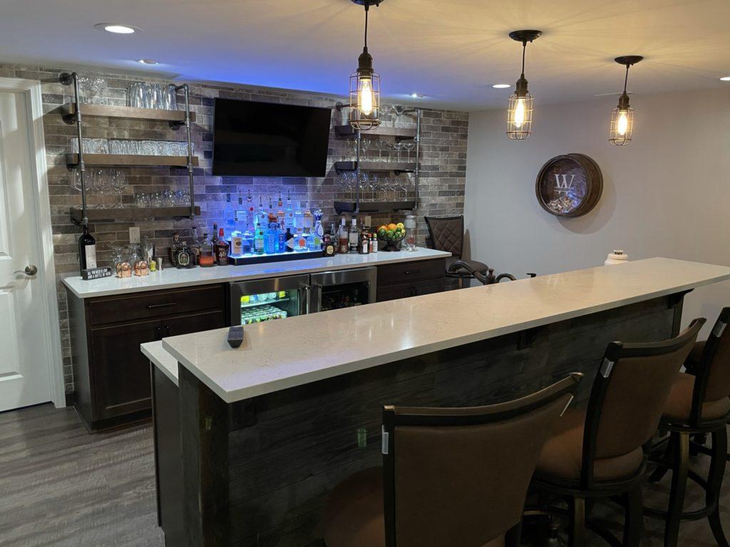 Northville, Michigan finished basement custom bar