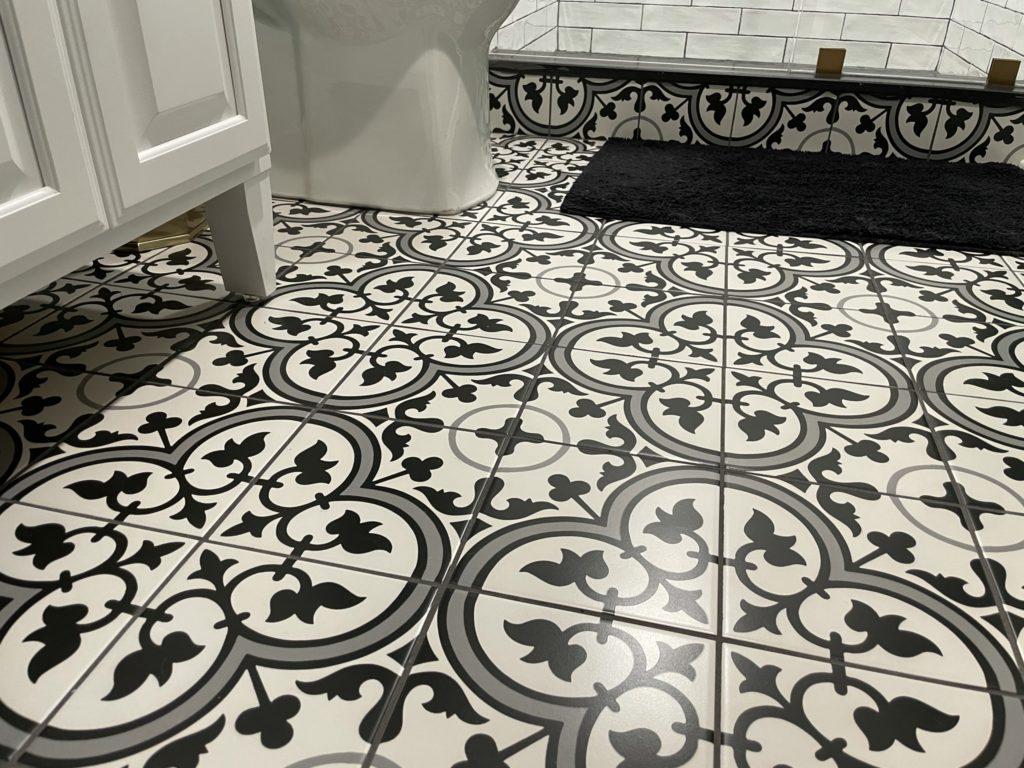 Northville, Michigan finished basement bathroom with detailed tile